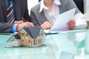 Calculate leverage for a real estate investment